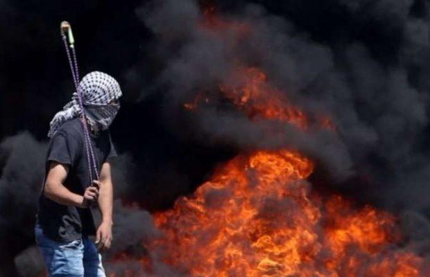 Palestinos entram em conflito com Forças de Segurança de Israel em Nablus