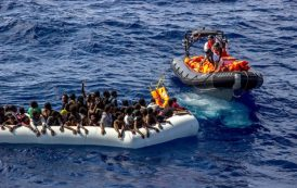 Guarda Costeira resgata 25 corpos de imigrantes no Mar Mediterrâneo